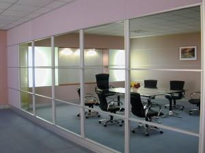 Vách Ngăn Kính dùng cho văn phòng