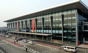 Vách compact vân gỗ – Nhà điều hành sân bay Nội Bài